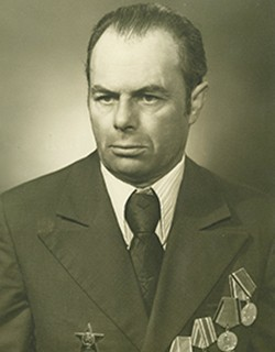 Захаров Павел Максимович